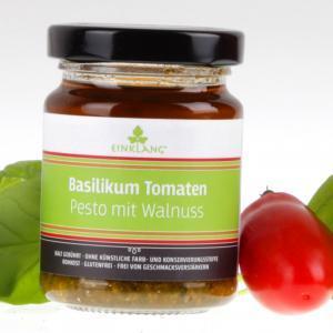 Basilikum Tomaten Pesto von feinjemacht