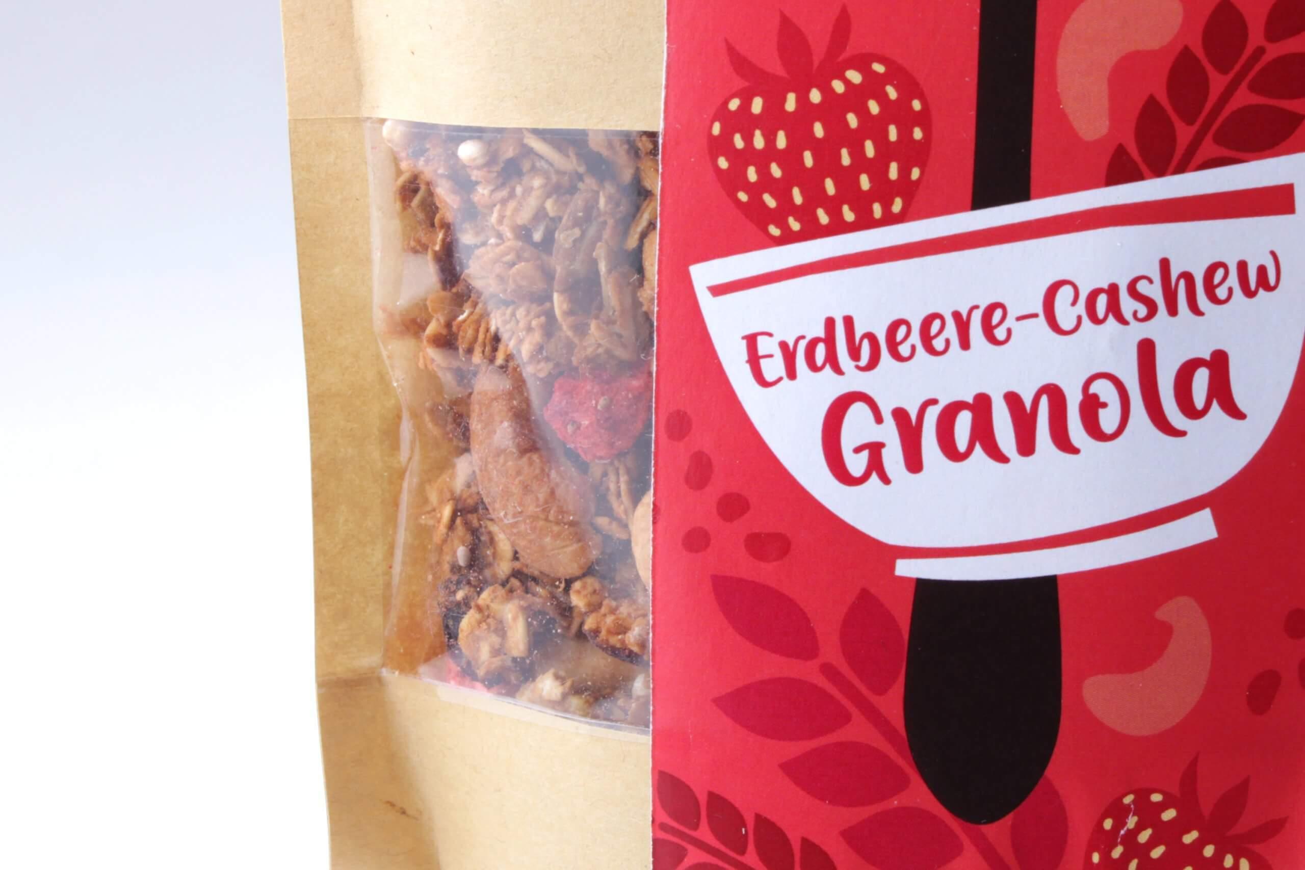 Erdbeer Cashew Granola von feinjemacht